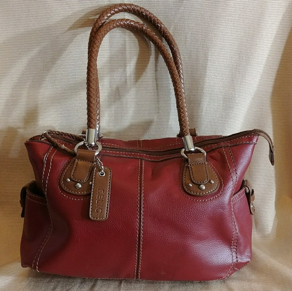 2f352e108a Relic Handbag. M 5a389a4972ea88e5450135ea